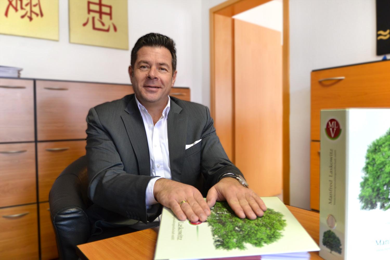 Kontakt mit Manfred Laskowitz
